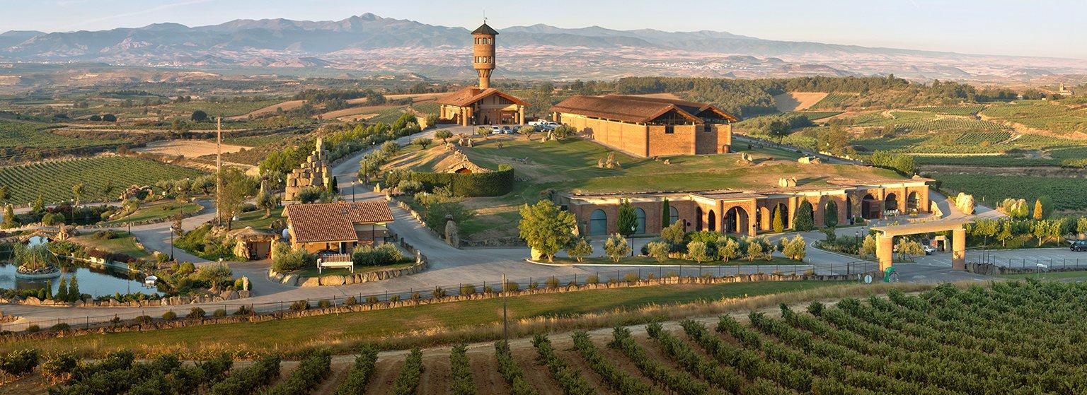 Bodegas Eguren Ugarte, Bodega hotel en Laguardia. Rioja Alavesa.