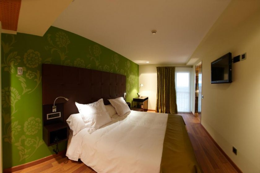 Habitación doble, bodega hotel en Laguardia.