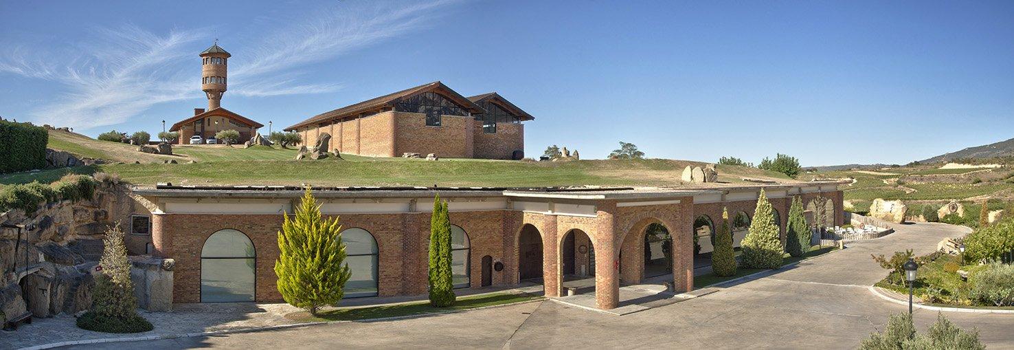 Panorámica bodega hotel Eguren Ugarte, situada en Laguardia. DOCa Rioja